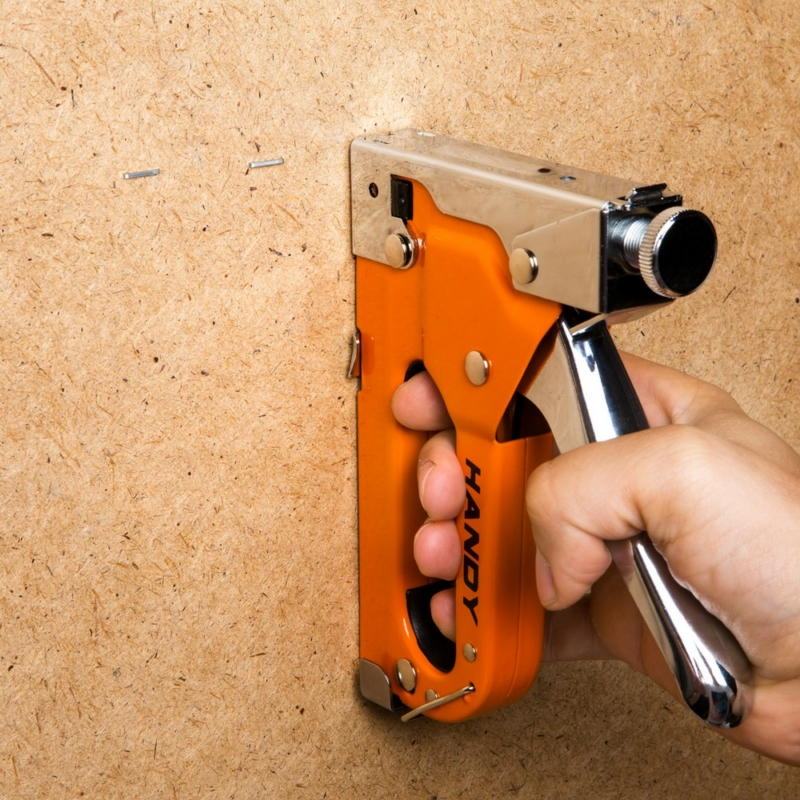 Kézi tűzőgép szett - tűzőgép + 3 féle kapocs